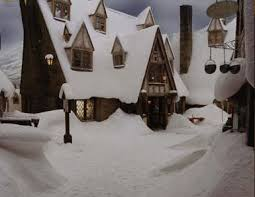 http://images.google.bg/images?q=tbn:Tvw9IS8Qa8I0DM:http://www.veritaserum.com/mediasection/temp/2004/04/wk4/poaset_hogsmeade.jpg